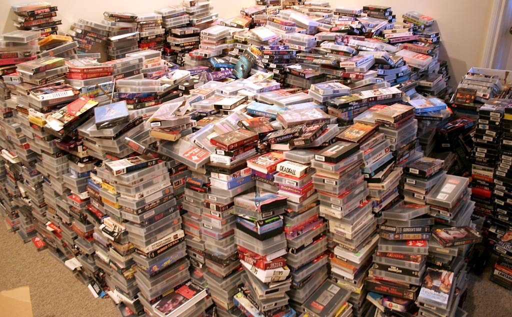 vhs-tapes-pile